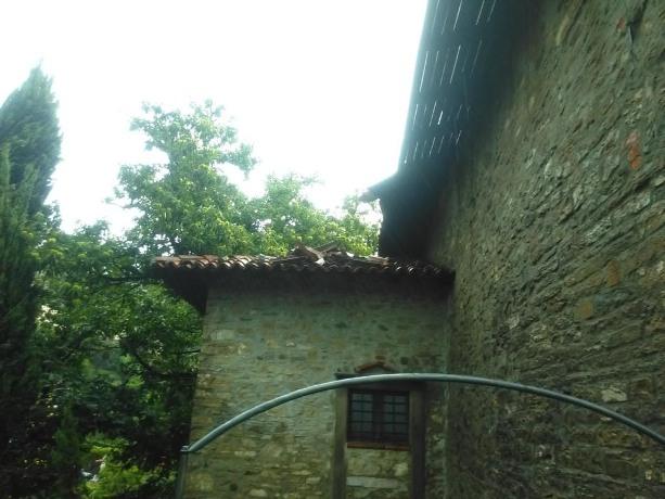 tetto basso da sotto