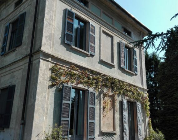 facciata villa olgiate